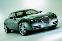 Jaguar prépare une rivale à moteur central pour l'Audi R8!