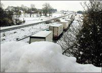 10 000 automobilistes bloqués par la neige sur l'A31