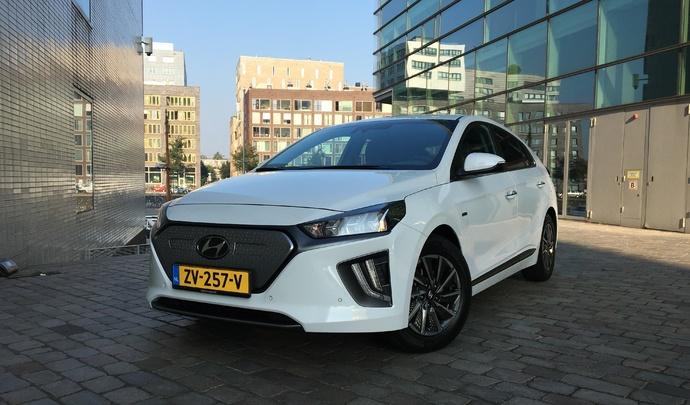 Hyundai Ioniq restylée - Les premières images de l'essai en direct