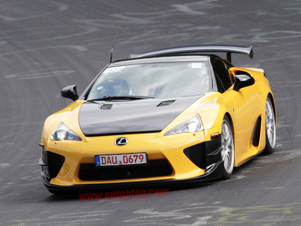 La Lexus LFA Nürburgring Edtion se teste