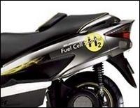 Tokyo Motor Show 2009 : Burgman Fuel-Cell, Gladius 400 ABS, Boulevard 400 et Bandit 1250F ABS pour Suzuki