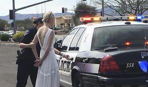 Ivre et en retard, la future mariée provoque un accident avant de se faire arrêter