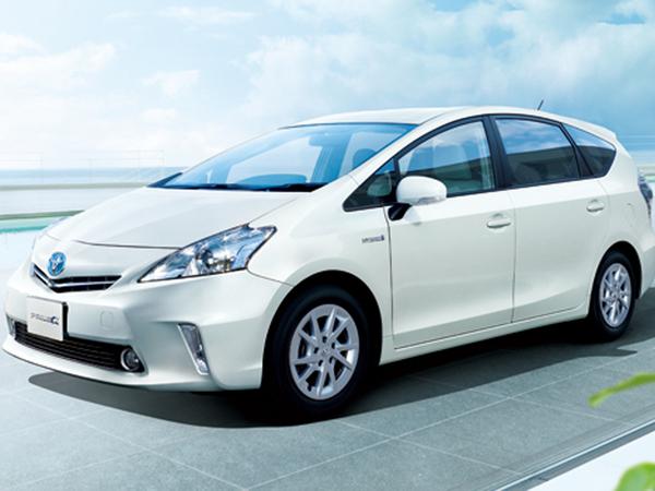 Toyota Prius Alpha : un monospace pour la star des hybrides
