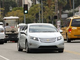 Pour 4 400 clients de la Chevrolet Volt, une borne de recharge gratuite