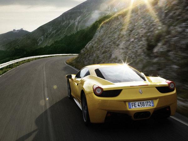 Ferrari promet de réduire ses délais de livraison