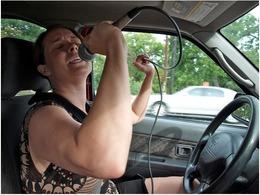 Les musiques à ne pas écouter en voiture pour ne pas risquer l'excès de vitesse