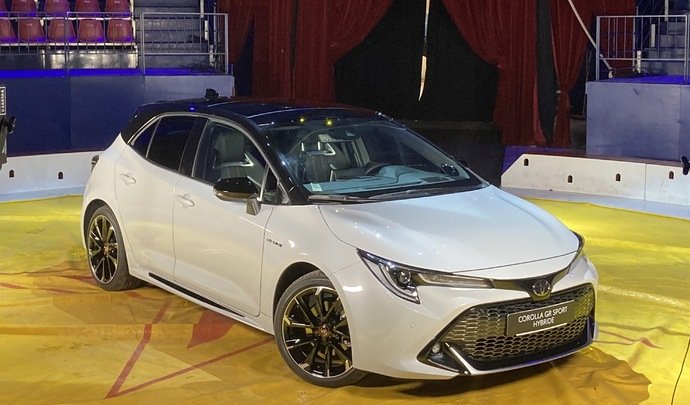 Toyota Corolla : sexy - Salon Caradisiac Electrique/hybride 2021