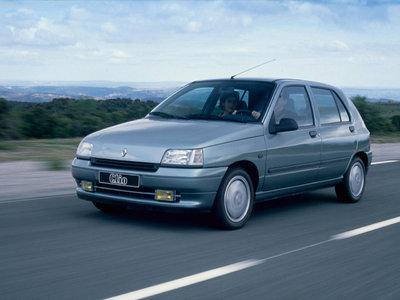 Renault-Clio-40180.jpg