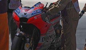 MotoGP - Qatar: Lorenzo s'est éjecté de sa Ducati avant d'abandonner