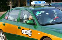 Un hôpital chinois reconvertit les taxis en ambulances