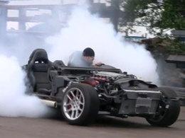 [vidéo] une Dodge Viper sans peau s'enfume