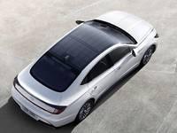Hyundai lance une Sonata à toit solaire