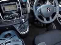 """Renault : un Trafic """"Formula Edition"""" en Australie, avec boîte de Mégane RS"""