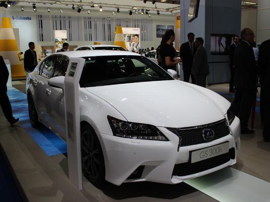 La Lexus GS300h débarque en France à partir de 49 990 euros