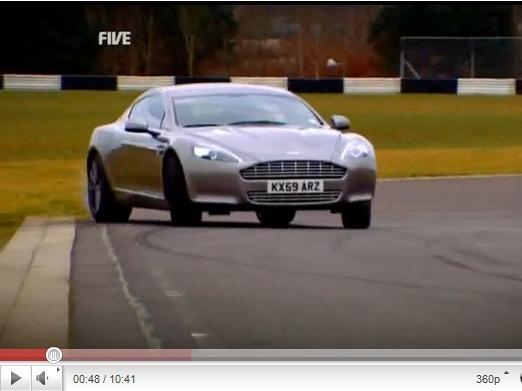 5th Gear : BMW Z4 vs Nissan 370Z Roadster, Aston-Martin Rapide qui fait des travers et Rolls Ghost qui fait des runs