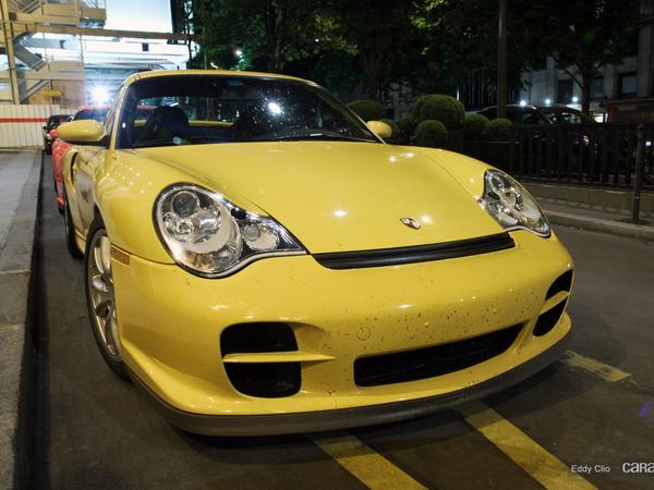Photos du jour : Porsche 911 996 GT2