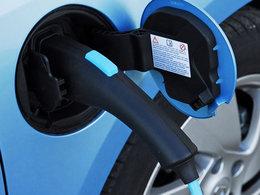 Politique: vers une hausse de 900% des taxes sur le carburant ?