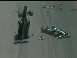 (Vidéo) F1/Valence - Le crash de Mark Webber