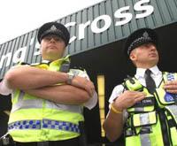 Au volant d'un tracteur, un Britannique est poursuivi par la police