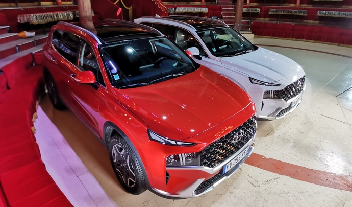Hyundai Santa Fe hybrid et PHEV : planches de salut - Salon Caradisiac Electrique/hybride 2021