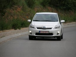 La production de la Toyota Auris hybride a démarré officiellement