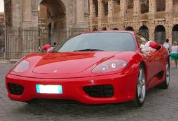 Comment une Pontiac d'occasion devient une Ferrari ! Quinze mafiosi arrêtés.