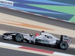 Schumacher bloqué au feu rouge
