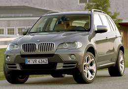 BMW sonne le rappel pour son modèle X5.