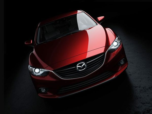 Mazda 6 : les premières photos officielles