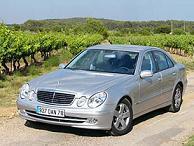 Les taxis Guinéens obligés de rouler en Mercedes grise