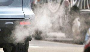 Royaume-Uni : payer les personnes qui dénoncent les conducteurs laissant leur moteur tourner à l'arrêt ?