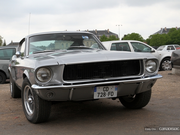 Photos du jour : Ford Mustang GT (Vincennes en Anciennes)