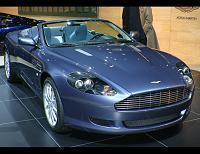 Aston Martin DB9 Volante élue voiture gay de l'année