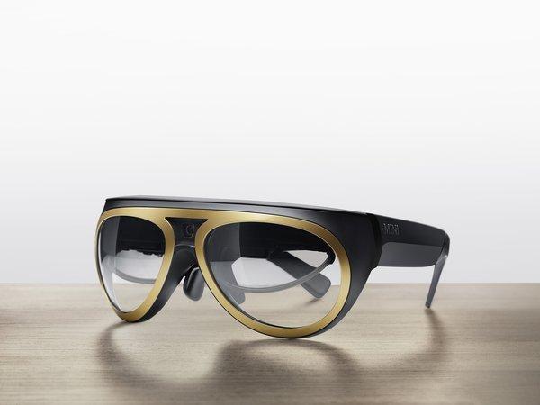 Vidéo: BMW présente les lunettes connectées Mini