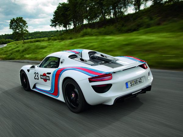La future Porsche 918 Spyder en livrée Martini Racing