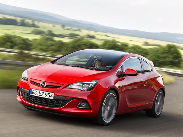 Opel : l'Astra GTC reçoit le diesel biturbo de 195 ch