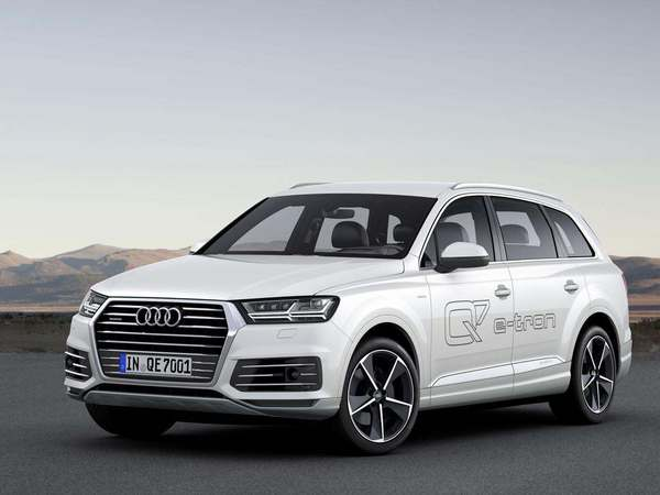 Le SUV hybride Audi Q7 e-tron pourra se recharger par induction