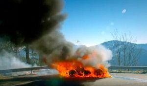 Top Gear: les premières images de l'épisode avec l'Alpine A110 en feu