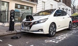 En Angleterre, les stations de recharge plus nombreuses que celles de l'essence