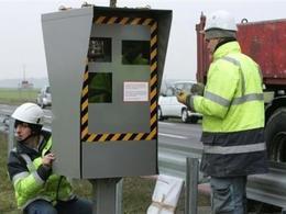 Sécurité Routière: en 2013, les radars feront moins de PV