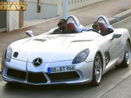 Kanye West cruise en Mercedes McLaren SLR Sterling Moss au Festival de Cannes