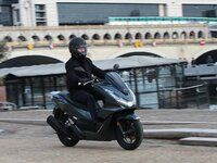 Essai - Honda PCX 125 (2021) : leader en danger