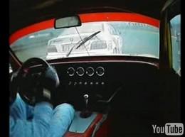 Vidéo : Lotus Elan S1 VS M3 E36, le choc (saignant) des générations