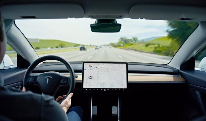 Tesla : le prix de l'Autopilot va grimper progressivement