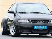 L'Audi RS3..  biturbo, et propulsion..