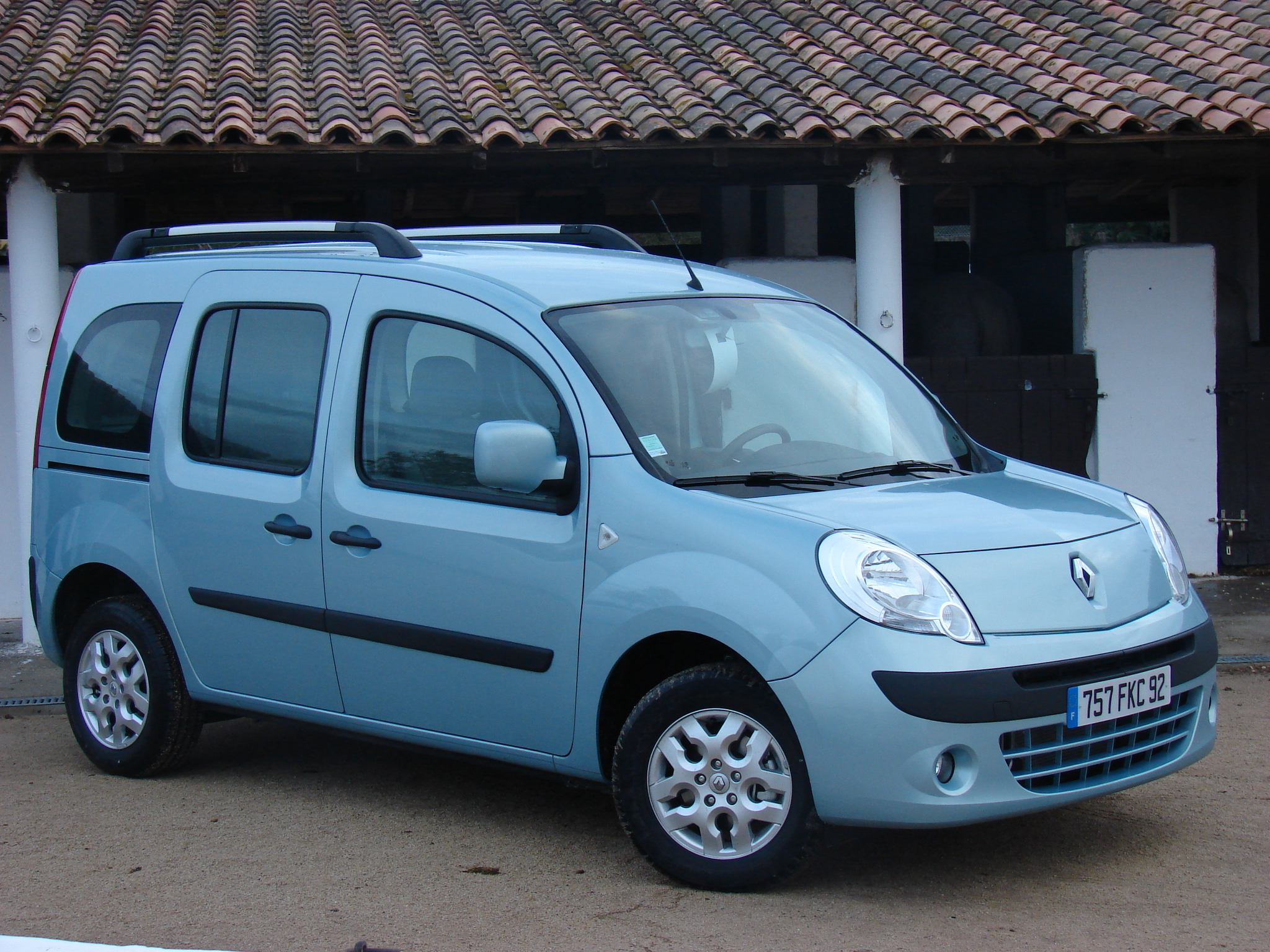 renault kangoo ii 2 au rappel souci de direction. Black Bedroom Furniture Sets. Home Design Ideas