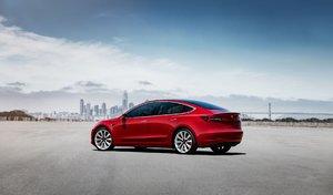 Une commande de 100 Tesla Model 3 annulée