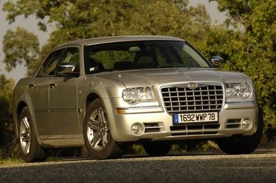 Chrysler 300c prix neuf maroc