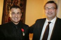 Jean Alesi décoré de la Légion d'honneur