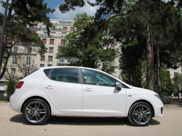essai seat ibiza 2 0 tdi 140 la plus muscl e des petites diesel. Black Bedroom Furniture Sets. Home Design Ideas